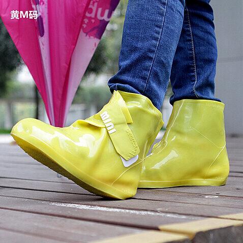 推荐2款下雨天穿的雨鞋,不贵