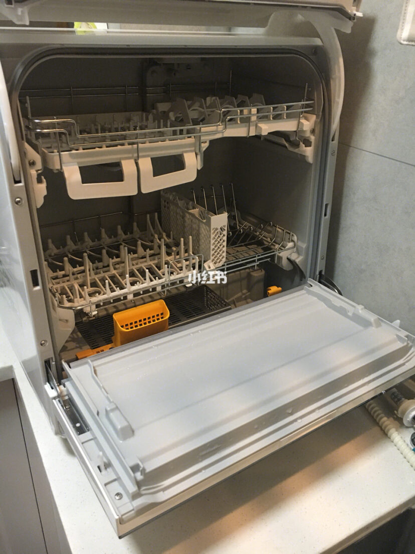 小身材大净界 博世小红台式洗碗机评测_中国家电网