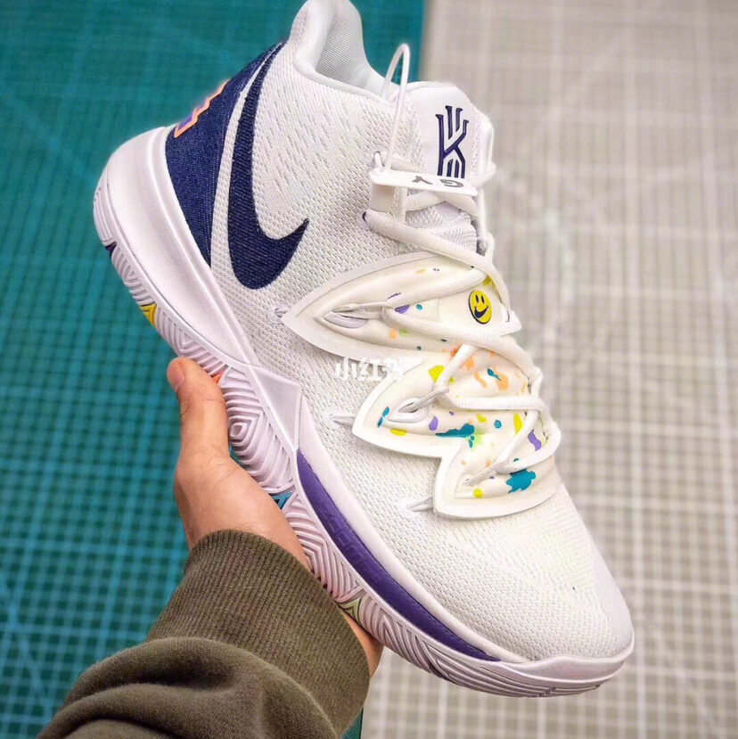 Nike Kyrie 5 欧文5 笑脸