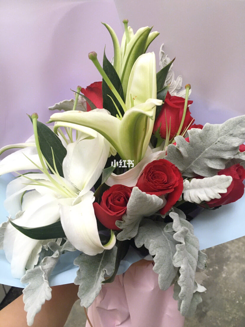 红玫瑰加白百合