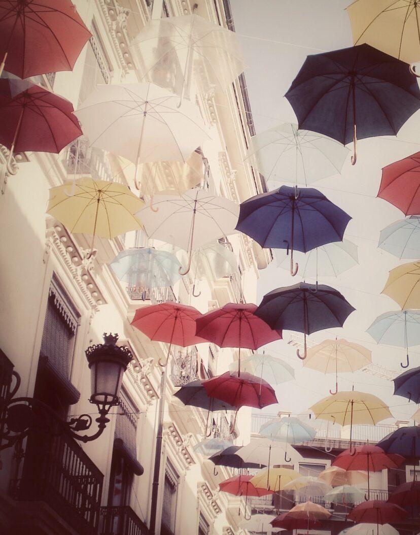 雨伞儿童画
