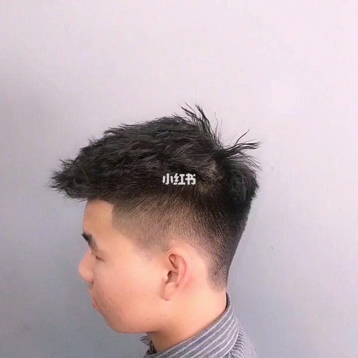 男士发型 渣男锡纸烫 碎盖头 精神发型