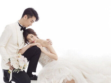 婚纱拍出明星范儿_希儿芙乐艾婚纱图片