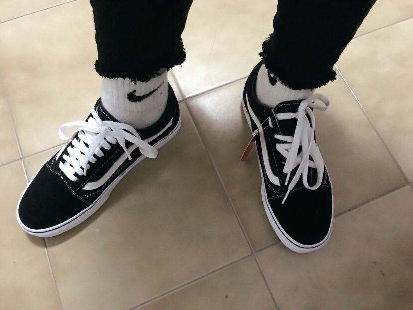 推荐 vans 经典款黑色板鞋星星鞋带系法??